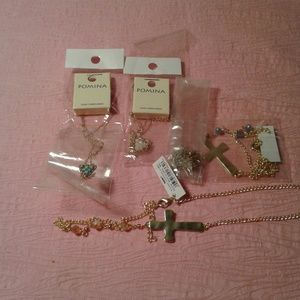 Jewelry - Lot of 5 Assorted Fashion Jewelry Necklaces